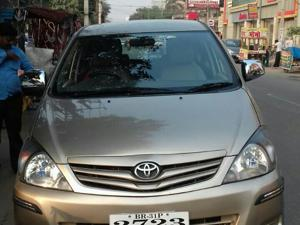 Toyota Innova 2.5 G4 7 STR (2011) in Patna