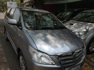 Toyota Innova 2.5 GX (Diesel) 8 STR Euro3 (2015) in Nagpur
