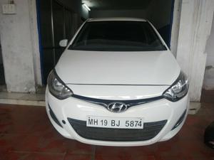 Hyundai i20 Magna Petrol (2013) in Akola