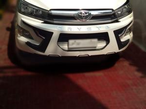 Toyota Innova Crysta 2.4 G 8 Str (2018) in Lucknow