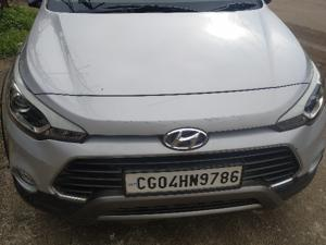 Hyundai i20 Active 1.2 SX (2016) in Raipur