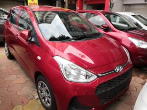 Hyundai Grand i10 Sportz (O) AT 1.2 Kappa VTVT (2018) in Ujjain