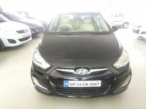 Hyundai Verna Fluidic 1.4 VTVT (2012)