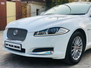 Jaguar XF Diesel Luxury 2.2 (2014) in New Delhi