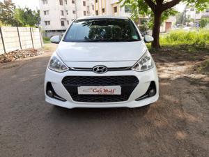 Hyundai Grand i10 Magna 1.2 VTVT Kappa Petrol (2017)