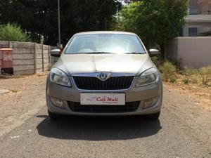 Skoda Rapid Ambition 1.5 TDI CR MT (2013) in Dhule