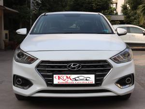 Hyundai Verna Fluidic 1.6 CRDI SX Opt (2017) in Ahmedabad