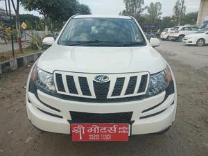 Mahindra XUV500 W8 4 X 2 (2015) in Khandwa