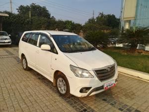 Toyota Innova 2.5 GX (Diesel) 7 STR Euro4 (2014) in Ghaziabad
