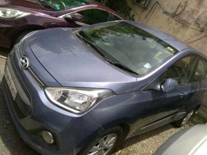 Hyundai Xcent 1.2L Kappa Dual VTVT 5-Speed Manual S (2015) in Indore