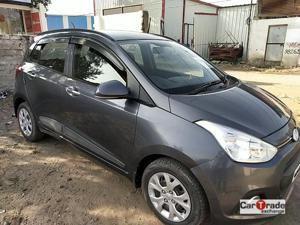 Hyundai Grand i10 Sportz 1.1 U2 CRDi Diesel (2014) in Indore