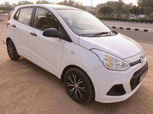 Hyundai Grand i10 Era 1.1 U2 CRDi Diesel (2013) in Ahmedabad