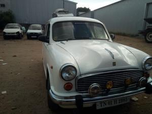 Hindustan Motors Ambassador Classic 1800 ISZ AC CNG (2004) in Erode
