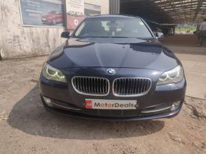 BMW 5 Series 525d Sedan Luxury Plus (2011)