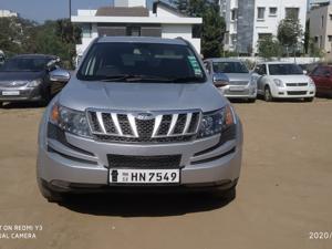 Mahindra XUV500 W8 4 X 2 (2012) in Shirdi