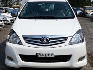 Toyota Innova 2.0 VX 8 STR BS IV (2012) in Ambikapur