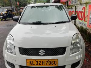 Maruti Suzuki Swift DZire Tour LDi (2015) in Alappuzha
