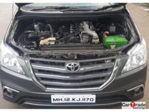 Toyota Innova 2.5 VX 7 STR BS IV (2013)