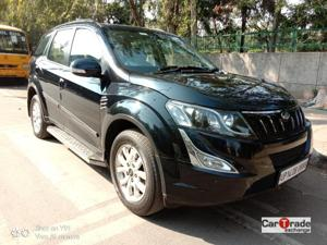 Mahindra XUV500 W10 AWD AT (2017) in New Delhi