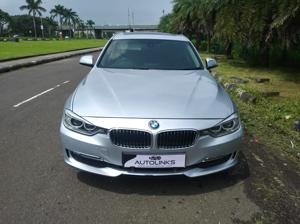BMW 3 Series 320d Luxury Line Sedan (2014)