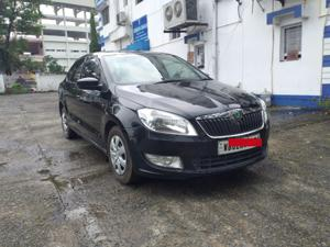 Skoda Rapid Ambition 1.5 TDI CR MT (2015)