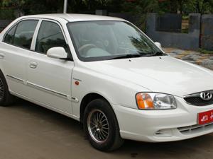 Hyundai Accent Executive (2011)