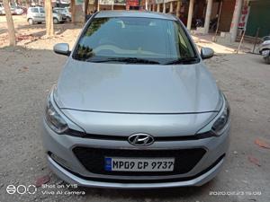 Hyundai i20 Asta Petrol (2014) in Dhar