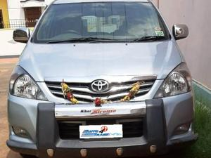 Toyota Innova 2.5 V 7 STR (2010) in Coimbatore