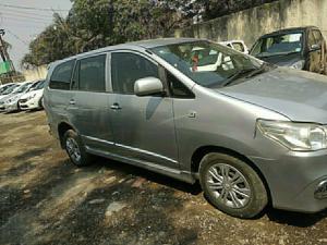 Toyota Innova 2.5 GX (Diesel) 8 STR Euro4 (2016) in Pune
