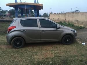 Hyundai i20 Asta 1.4 CRDI 6 Speed (2014) in Bhubaneswar
