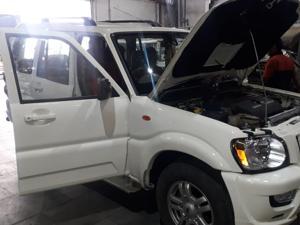 Mahindra Scorpio VLX 4WD BS III (2013) in Ranchi