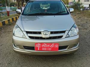 Toyota Innova 2.5 EV PS 7 STR (2008)