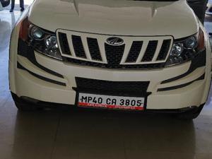 Mahindra XUV500 W8 4 X 2 (2015)