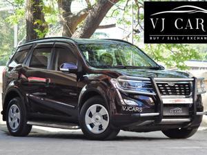 Mahindra XUV500 W7 (2018)