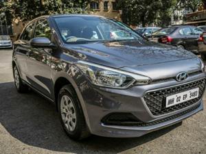 Hyundai Elite i20 1.4 MPi VTVT Automatic Magna (2017)