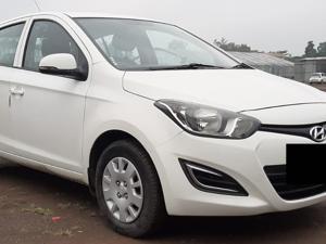 Hyundai i20 Magna(O) Diesel (2012) in Shirdi