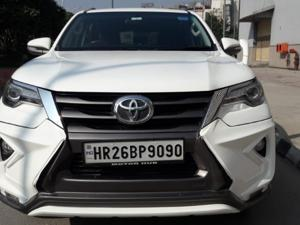 Toyota Fortuner 2.8 4x4 AT (2017) in New Delhi
