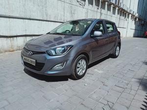 Hyundai i20 Asta 1.2 (2014) in Thane
