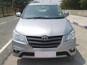 Toyota Innova 2.5 GX 7 STR BS IV (2016)