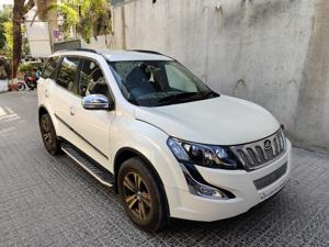 Mahindra XUV500 W6 FWD AT (2017) in Mumbai