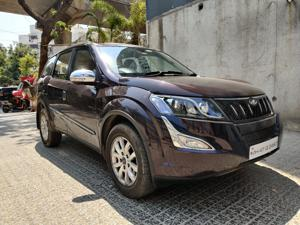 Mahindra XUV500 W10 FWD AT (2016) in Mumbai