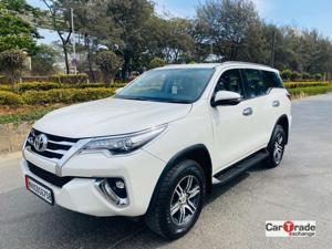 Toyota Fortuner 2.8 4x2 MT (2018)