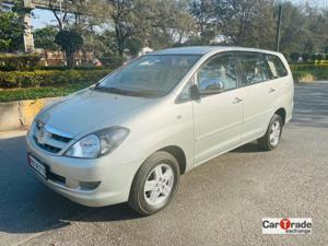 Toyota Innova 2.5 V 8 STR (2008) in Mumbai