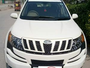 Mahindra XUV500 W6 FWD (2015) in Gurgaon