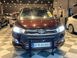 Toyota Innova Crysta 2.8 GX AT 7 Str (2017)
