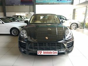 Porsche Macan Turbo (2017)
