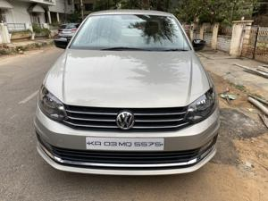 Volkswagen Vento Highline Petrol AT (2012) in Bangalore