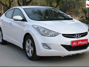 Hyundai Neo Fluidic Elantra 1.6 S MT CRDi (2013)