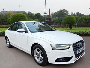 Audi A4 2.0 TDI Premium+ (2013) in Ghaziabad