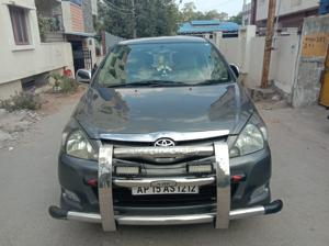 Toyota Innova 2.5 V 7 STR (2010) in Hyderabad